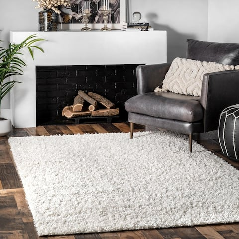 Carson Carrington Istermyrliden Solid Soft Shag Area Rug