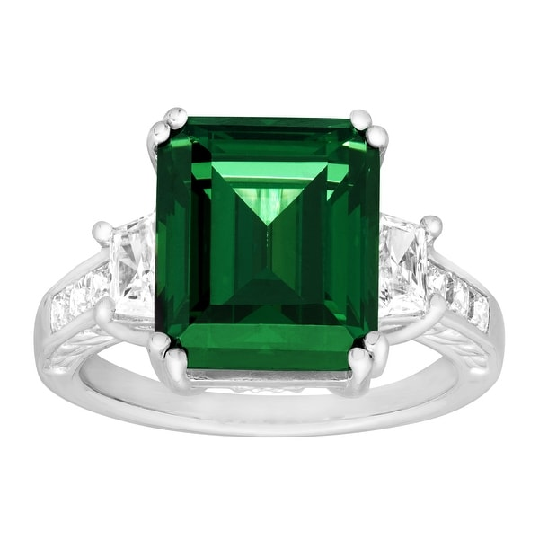 Ring with Green Swarovski Elements Zirconia in Sterling Silver