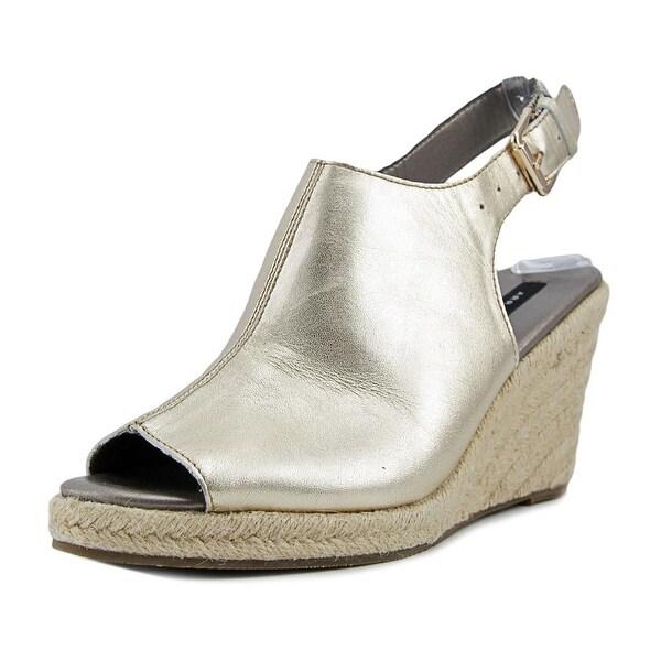 Array Harper Women Gold Sandals