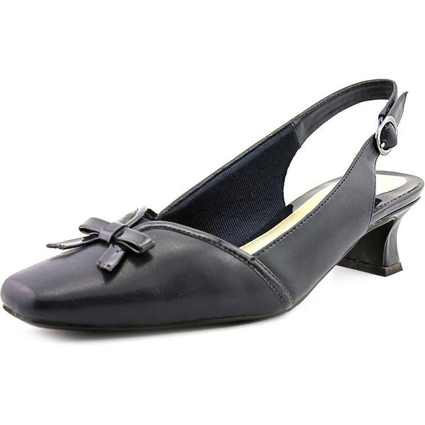 Easy Street Incredible Women New Nvy Pumps
