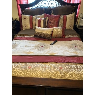 Madison Park Essentials Parker Jacquard Embroidered Pieced 24 Piece Room in a Bag