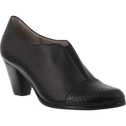 Spring Step Women's Carolyne Shootie Black Leather/Synthetic