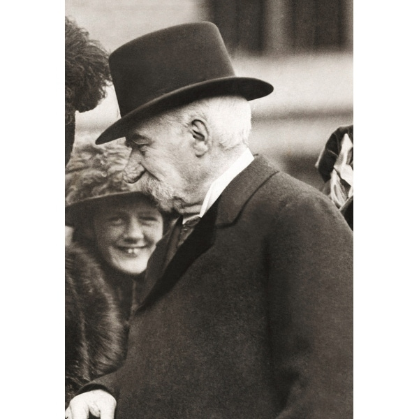 Shop Jp Morgan Attending A Childrens Theater Performance Of His