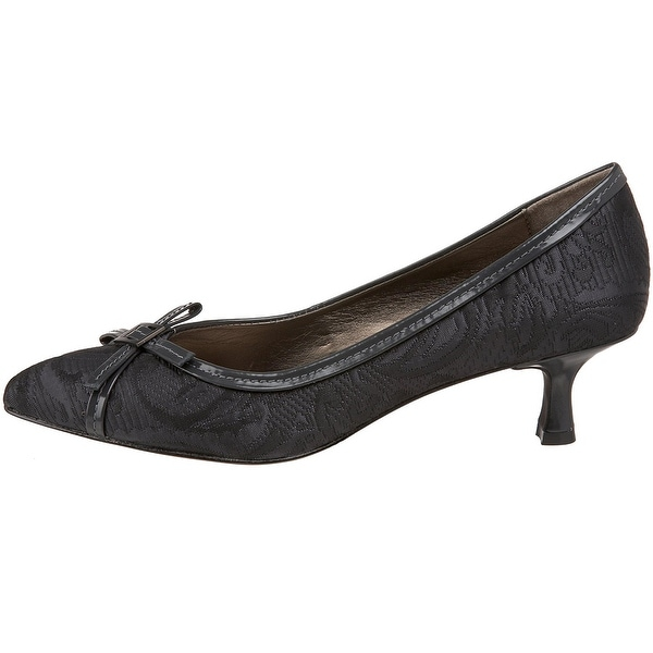 Circa Joan & David Womens Honorary Closed Toe Classic Pumps