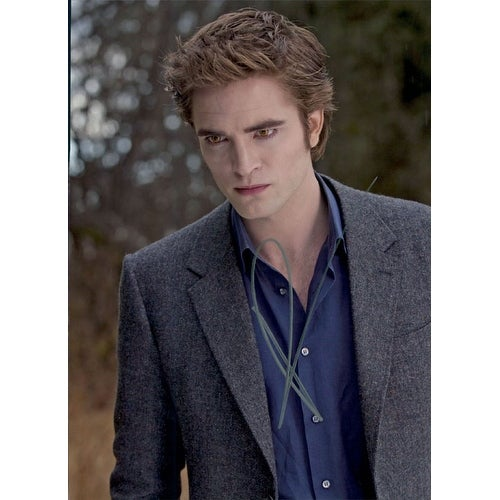 Shop Signed Pattinson Robert Twilight 8x10 Photo autographed - Free Shipping  Today - Overstock.com - 17727241 54d40d201549
