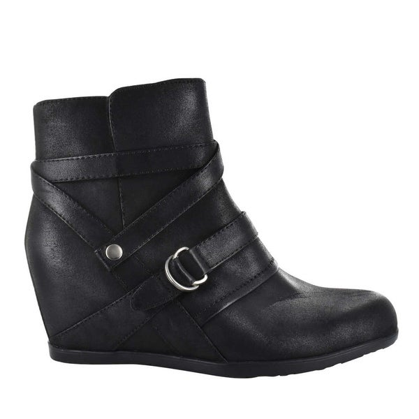 Bare Traps Womens Tainya Closed Toe Ankle Fashion Boots