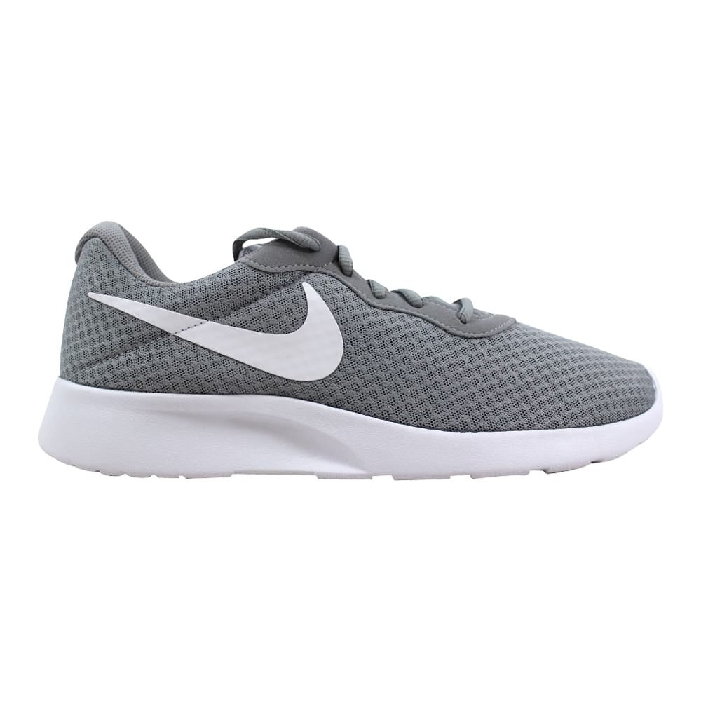 buy online 7af0e 1ec2d Multi Nike Shoes   Shop our Best Clothing   Shoes Deals Online at Overstock