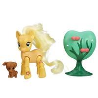 My Little Pony Explore Equestria Action Figure: Applebucking Applejack - multi