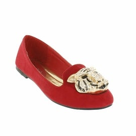 Red Circle Footwear 'Lionel' Loafer with Lion Ornament (Option: Faux Suede)|https://ak1.ostkcdn.com/images/products/is/images/direct/4a9855a64e9d1c69a0879ca279e8e51086624e0b/Red-Circle-Footwear-%27Lionel%27-Loafer-with-Lion-Ornament.jpg?_ostk_perf_=percv&impolicy=medium