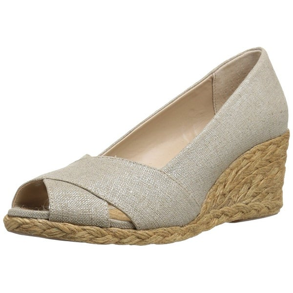 Adrienne Vittadini Womens Bailee Peep Toe Wedge Pumps