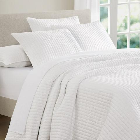 Beaute Living Cotton Jersey Reversible Lightweight 3-Piece Quilt Set