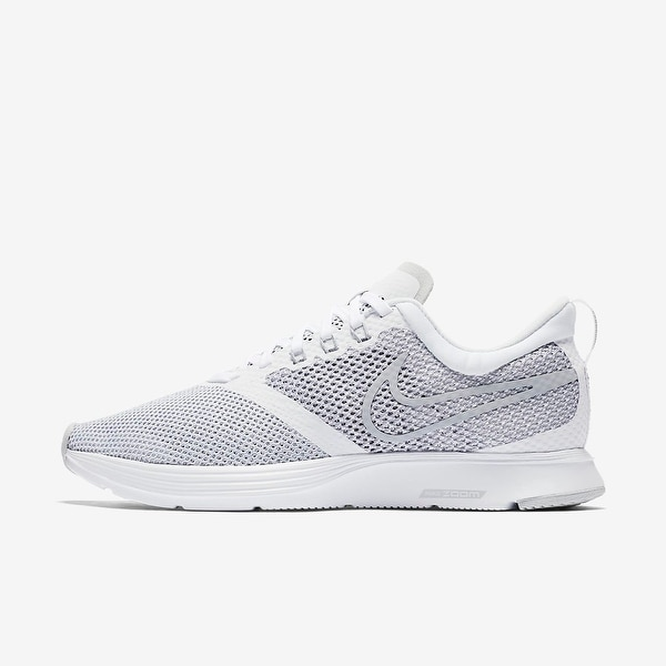 96a114659425 Shop Nike Mens Zoom Strike Fabric Low Top Lace Up Running Sneaker ...