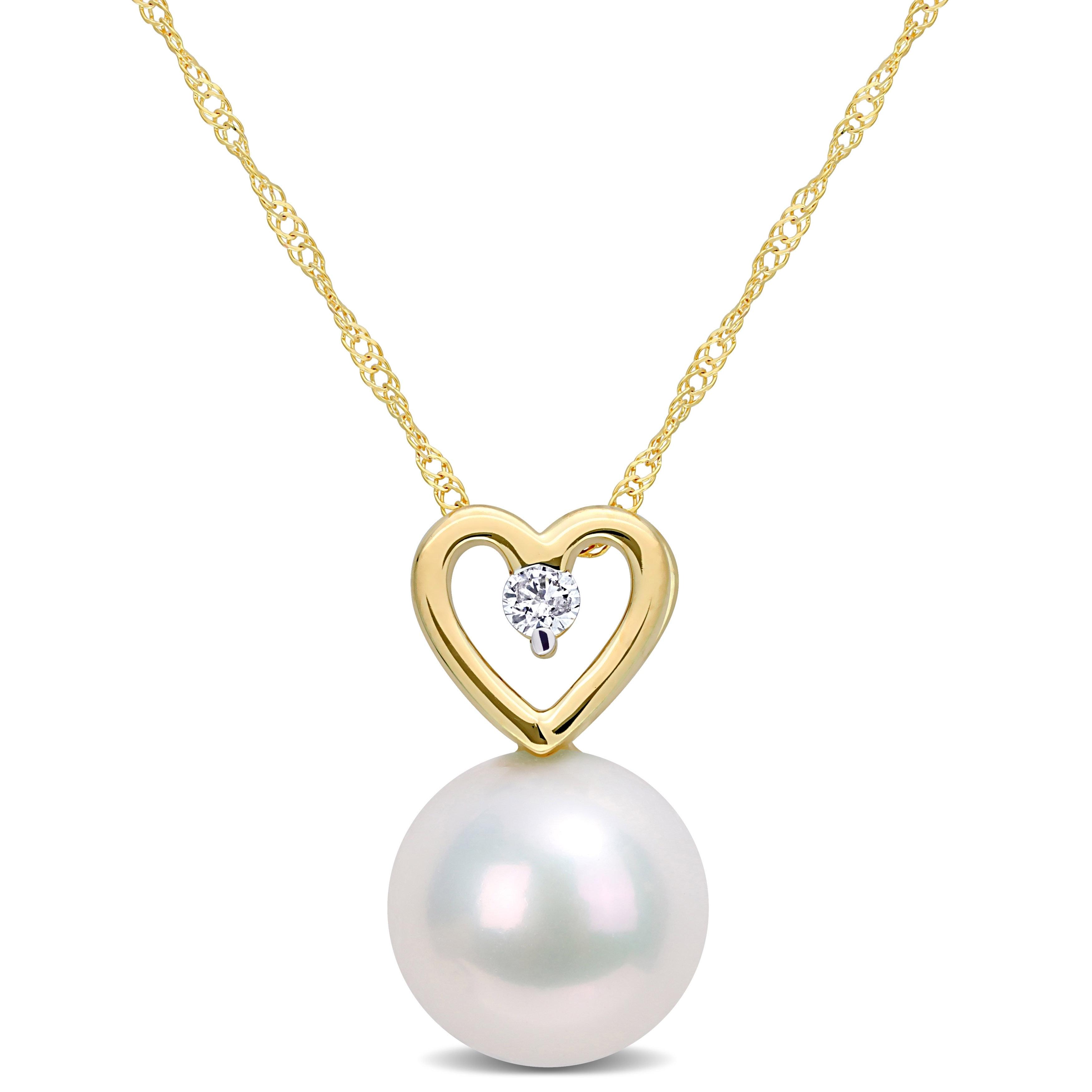 Fresh water pearl heart drops