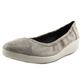 FitFlop F-Pop Ballerina Round Toe Leather Ballet Flats