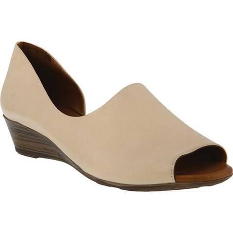Spring Step Women's Lesamarie Peep Toe Shoe Beige Leather