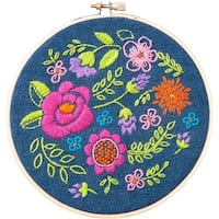 "Floral Explosion Stamped Embroidery Kit-6"" Round"