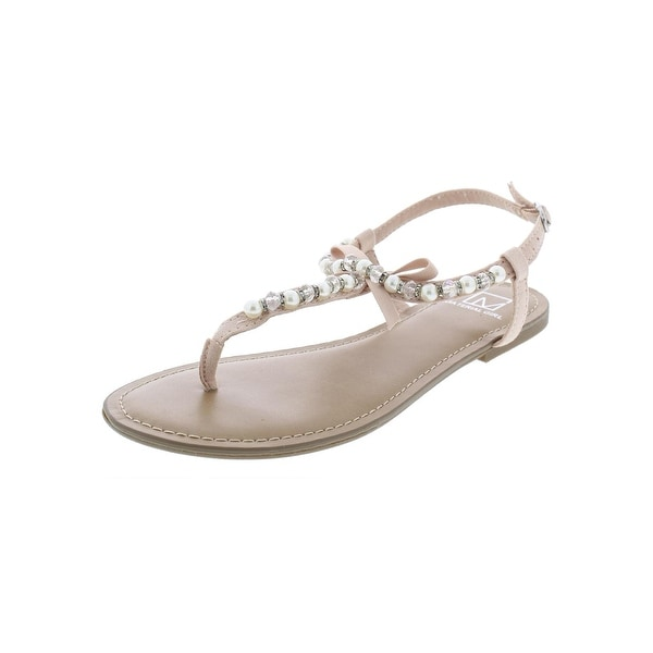39e9ae0ed9c Material Girl Womens Perlie Flat Sandals Faux Leather T-Strap - 6.5 medium ( b