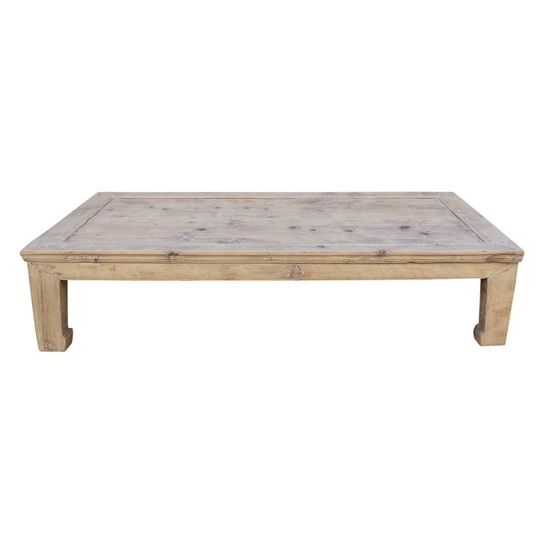Picture of: Extra Large Vintage Coffee Table W Excellent Top About 40 50 Inch Wide Weathered Natural Wood Finish Size And Color Vary On Sale Overstock 31501207