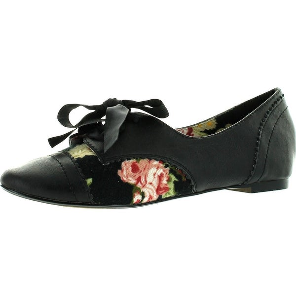 Restricted Womens Lucille Oxfords Flats Shoes