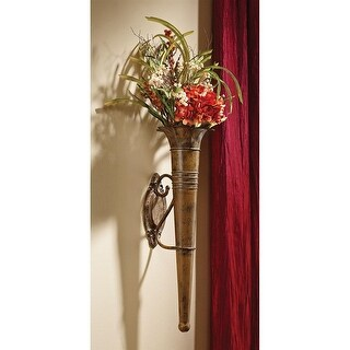 Design Toscano Lochloy Manor Wall Pocket Vase