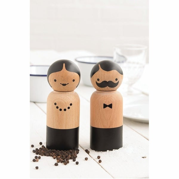 Mr. & Mrs. Shaker - Wooden Salt & Pepper Grinder Set
