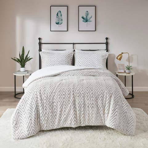 Madison Park Aurora Ivory Extra Warm Ultra Plush And Cozy Plush Down Alternative Comforter Set