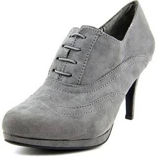 Life Stride Xanti 2 Pointed Toe Canvas Bootie