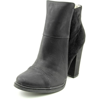 Groove Sally Ann   Round Toe Synthetic  Ankle Boot