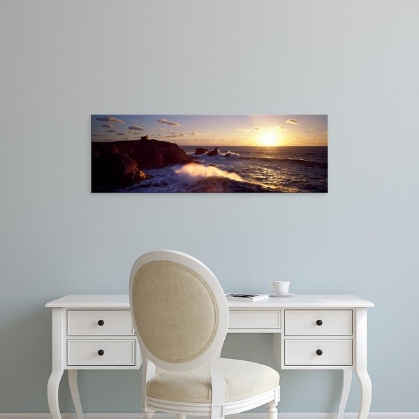 Easy Art Prints Panoramic Image 'Waves on rocks, Baie De Quiberon, Quiberon, Morbihan, Brittany, France' Canvas Art