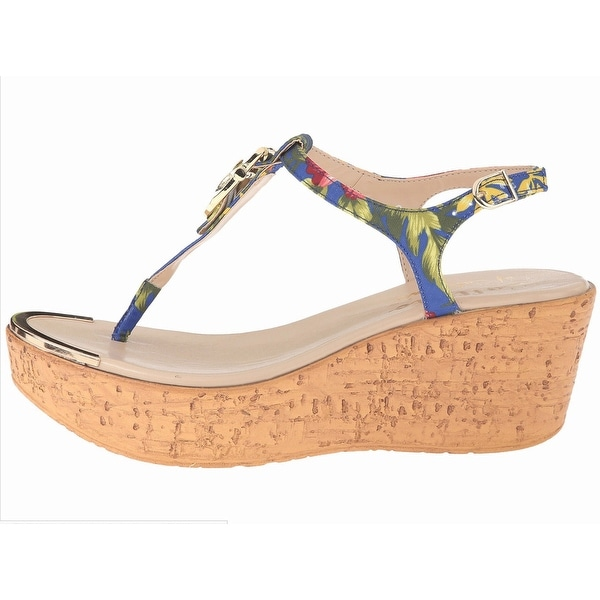 Womens Barton Split Toe Casual T-Strap Sandals