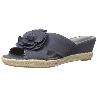 LifeStride Womens Omega Canvas Floral Applique Wedge Sandals
