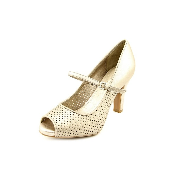 Giani Bernini Lambeth Womens Pewter Flats
