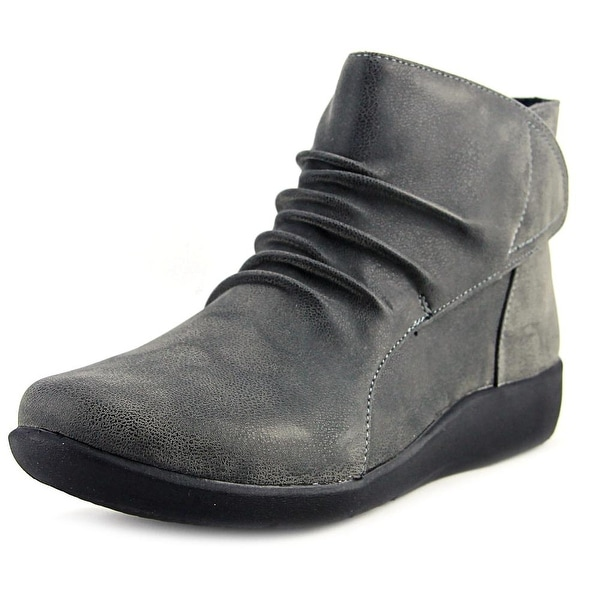 Clarks Cloudsteppers Sillian Sway Women Round Toe Canvas Gray Ankle Boot