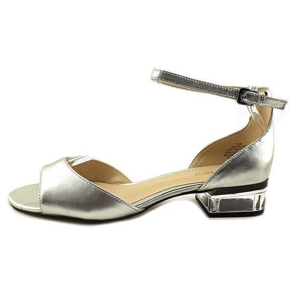 Nine West Womens Volor Leather Open Toe Casual Ankle Strap Sandals