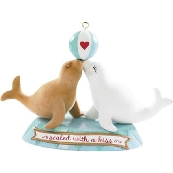 """Carlton Cards Heirloom Romance """"Sealed with a Kiss"""" Christmas Ornament - WHITE"""