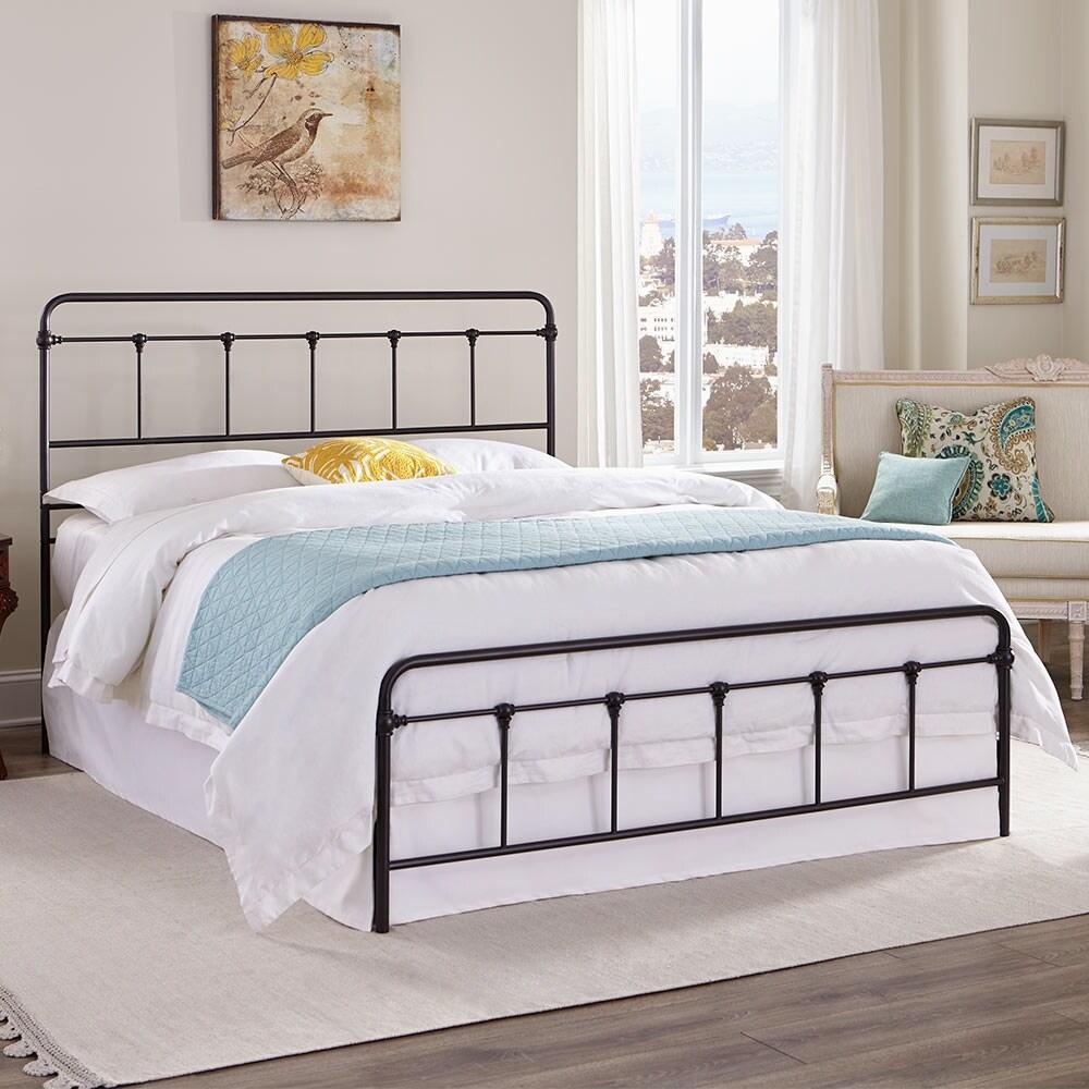 Kotter Home Zinnia Victorian Metal / Iron Bed (California King)