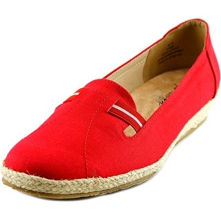 Beacon Picnic Women W Round Toe Canvas Red Espadrille