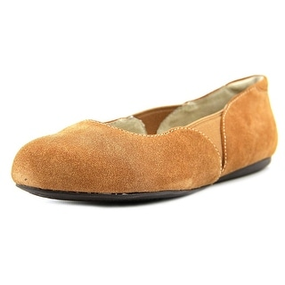 Softwalk Norwich Round Toe Suede Flats
