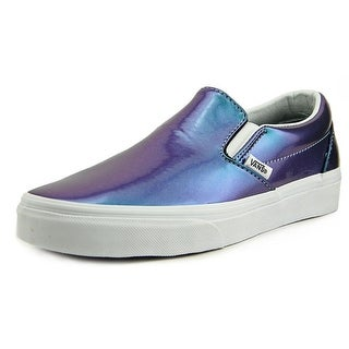 Vans Classic Slip-On Round Toe Patent Leather Skate Shoe