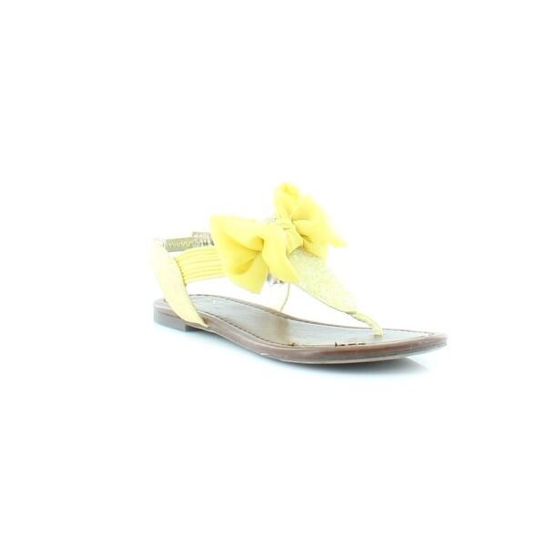 Material Girl Swan Women's Sandals & Flip Flops Citron
