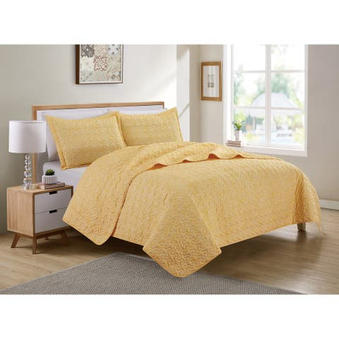 Petticoat Floral Yellow Quilt Set - Christopher Knight