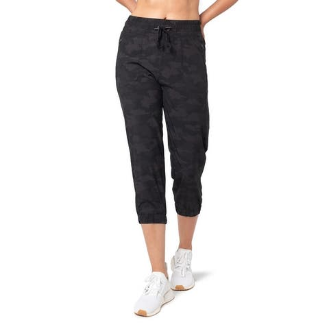 Womens 4-Way Woven Capri With 23-Inch Inseam, Side Zip Pockets