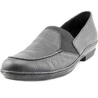 David Tate Stretchy SS Round Toe Leather Loafer|https://ak1.ostkcdn.com/images/products/is/images/direct/5212c2b286dd29b250ea3c445f4c57a03a73da2d/David-Tate-Stretchy-Women-SS-Round-Toe-Leather-Black-Loafer.jpg?impolicy=medium