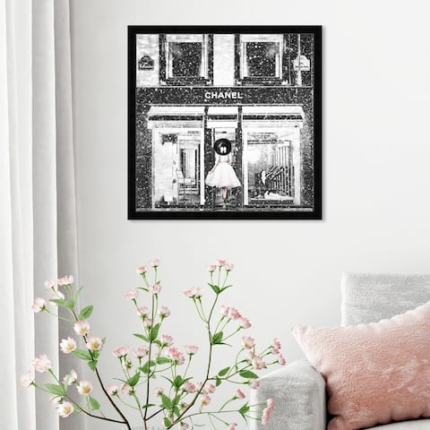 Oliver Gal 'Queen Of The Store Noir' Fashion and Glam Framed Wall Art Prints Lifestyle - Black, White