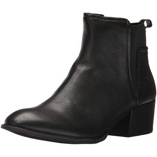 Kenneth Cole New York Women's Artie Pull Low Heel Leather Ankle Bootie - 8