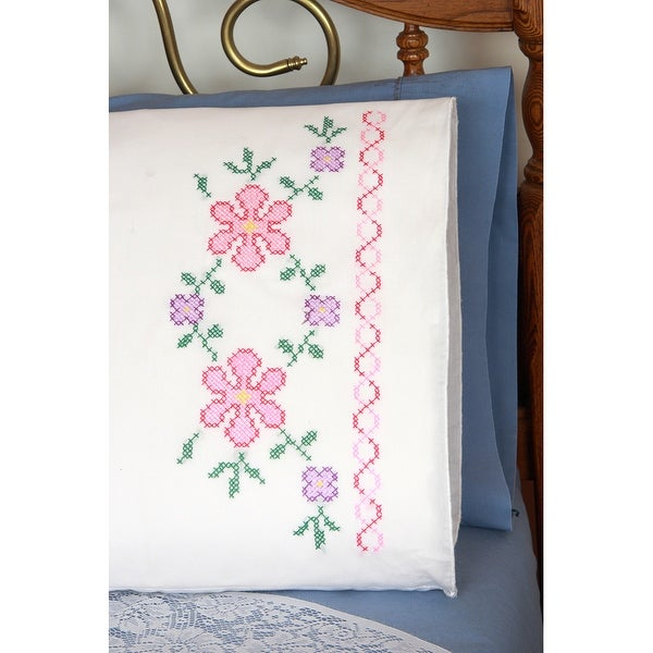 """Stamped Perle Edge Pillowcases 30""""X20"""" 2/Pkg-Large Flowers"""