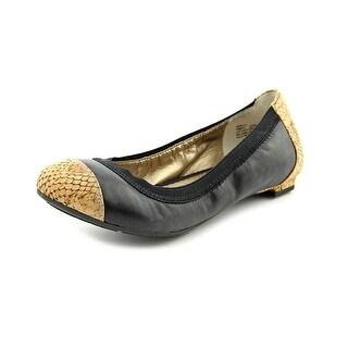 Me Too Kimiko Women Round Toe Leather Black Flats