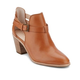 G.H. Bass & Co. Womens Sylvia Ankle Bootie
