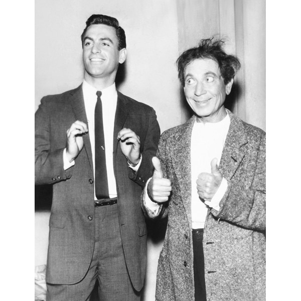 53f9dfafd0a Shop Harpo Marx Gives A Double Thumbs Up For His Son History - Free  Shipping On Orders Over  45 - Overstock - 24391601