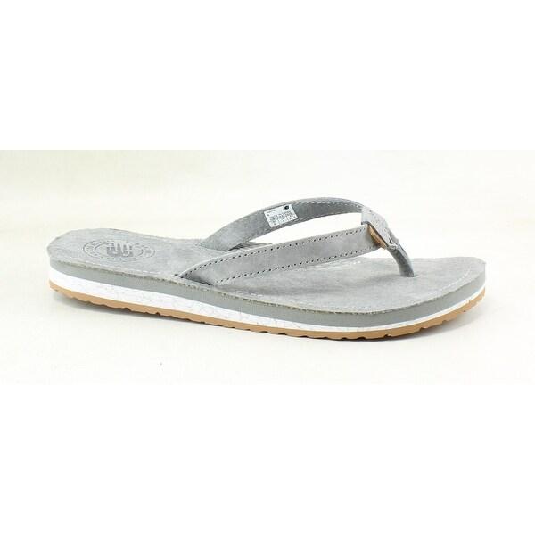 4c25b8f49b7af Shop New Balance Womens W6078ggm Grey Gum Flip Flops Size 6 - Free ...